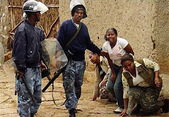 Ethiopia - Police attacking young women